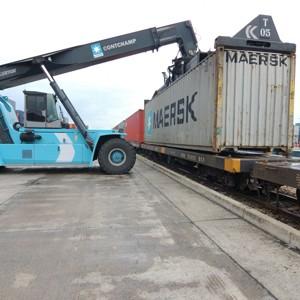 dépôts de conteneurs manutention